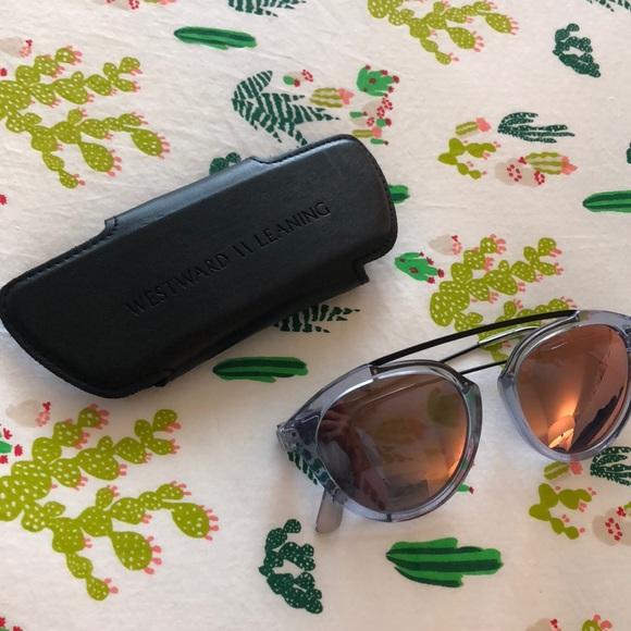 46fd3f074a6 Westward Leaning Olivia Palermo Flower Sunglasses.  M 5b43bfc634a4efe23cd5f0b6